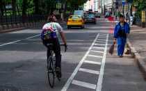 По какой стороне дороги должны двигаться велосипедисты? ПДДюрист