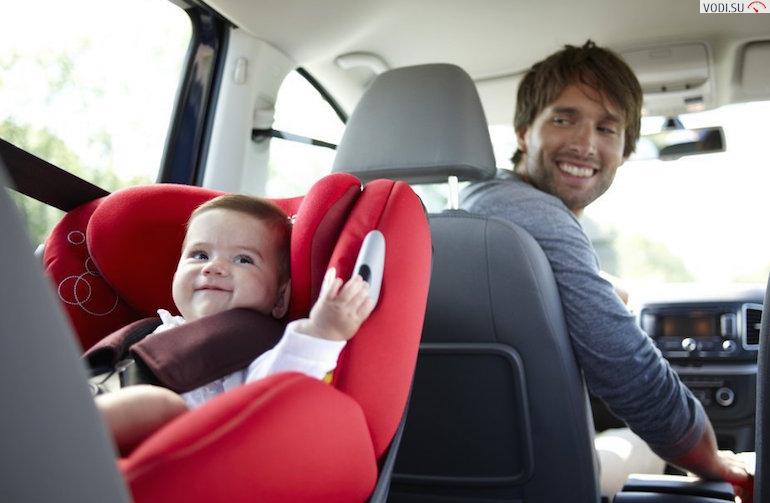 Можно ли перевозить ребенка на переднем сиденье? ПДДюрист