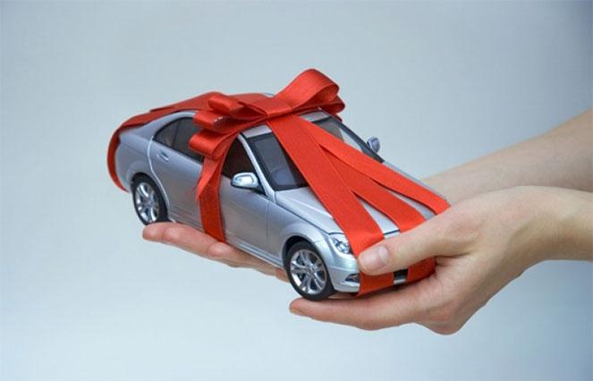 Нужно ли платить налог по договору дарения автомобиля? ПДДюрист