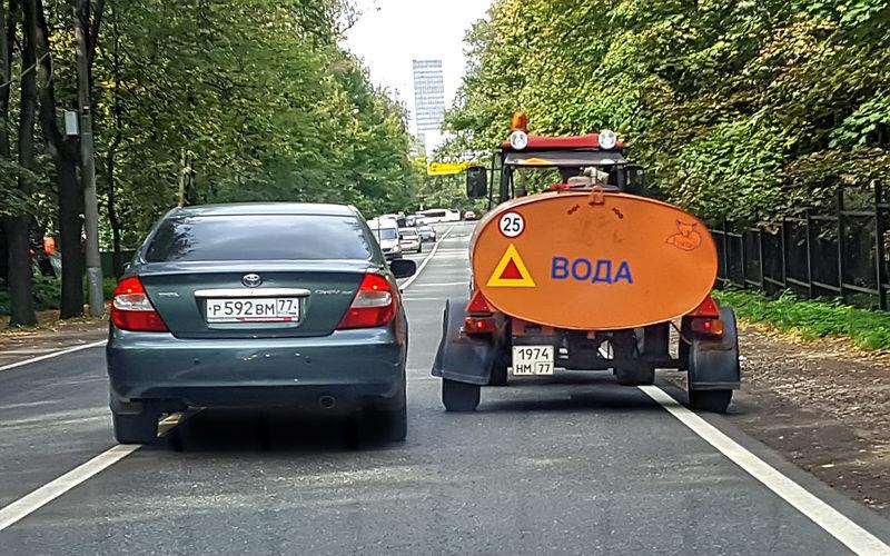 Правила обгона тихоходных транспортных средств ПДДюрист